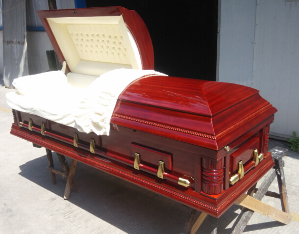 SOLID WOOD (POPLAR) CASKET WITH MAHOGANY FINISH