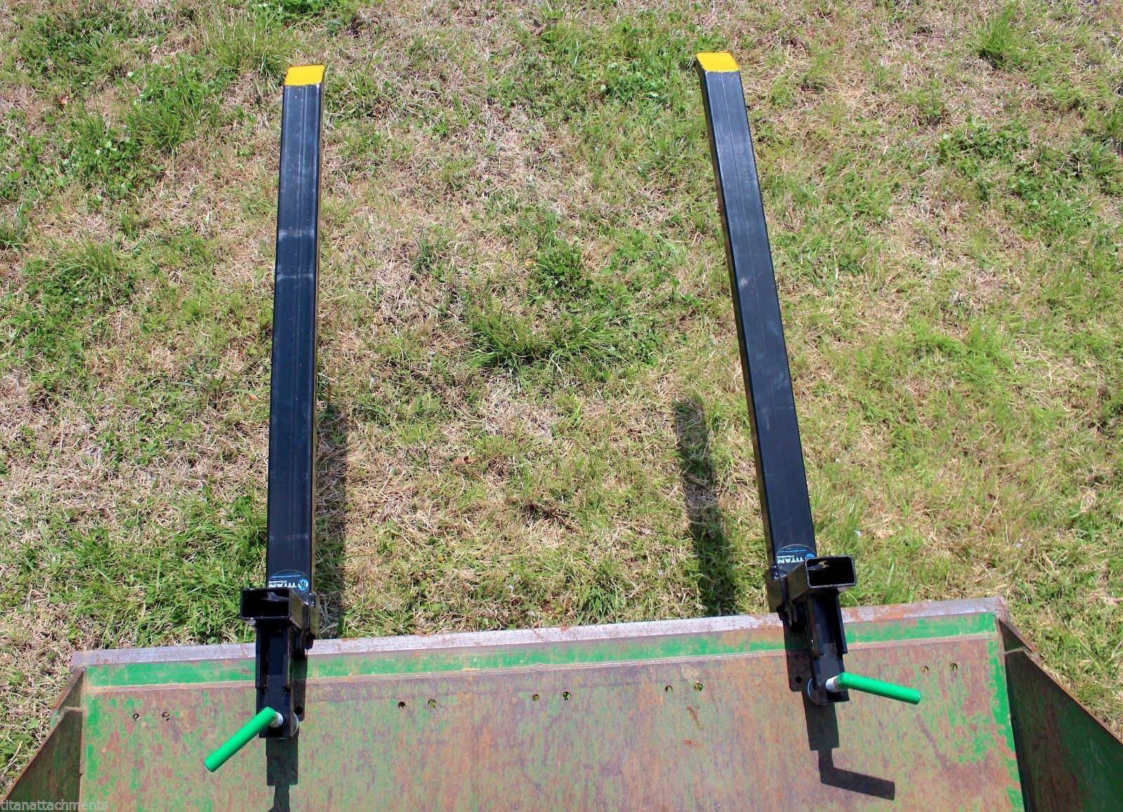 Tractor Bucket Forks : Lbs clamp loader pallet tractor forks attachment
