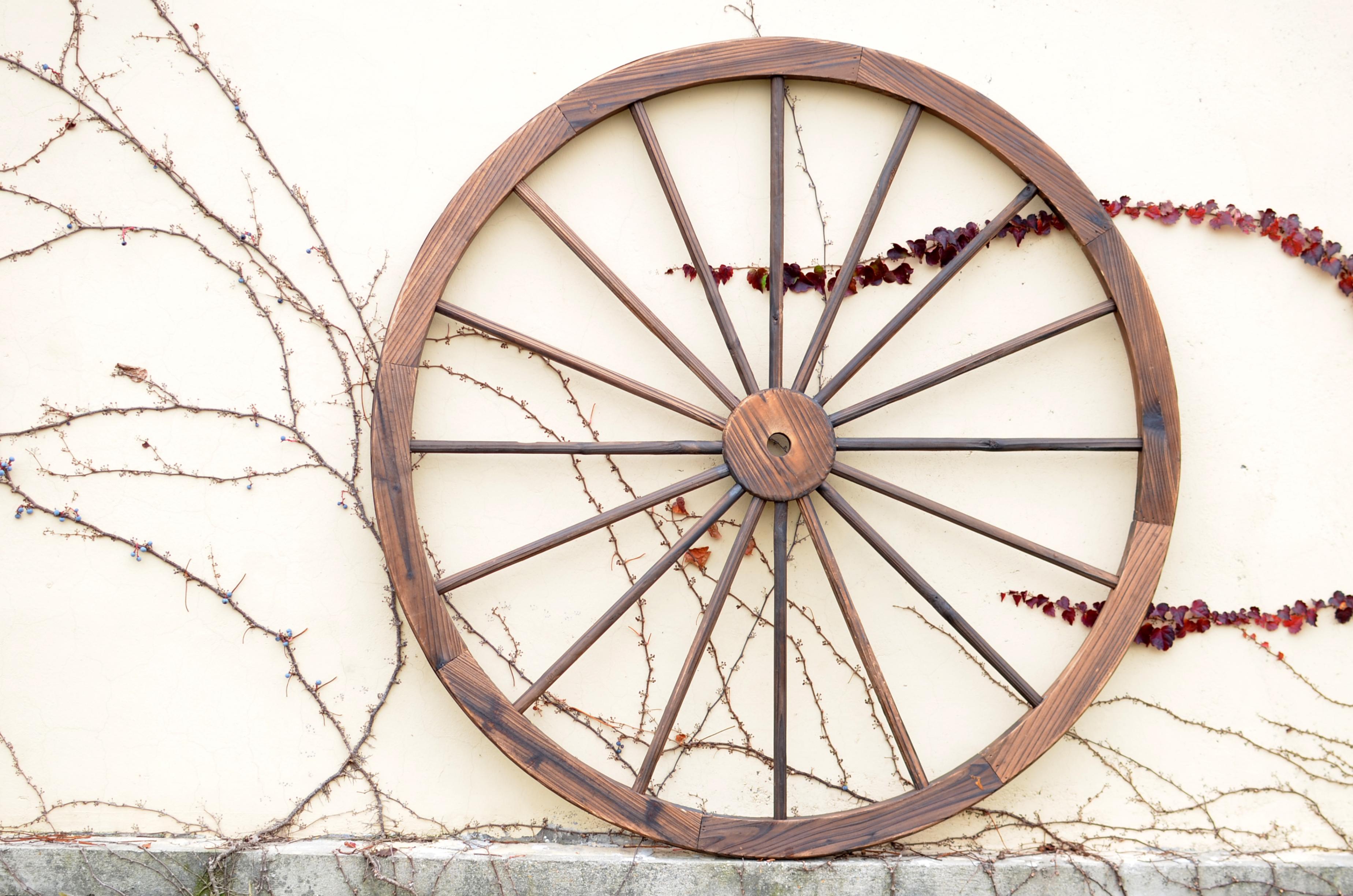 New 24 32 36 48 In Decorative Wood Garden Wagon Wheel Garden Decor
