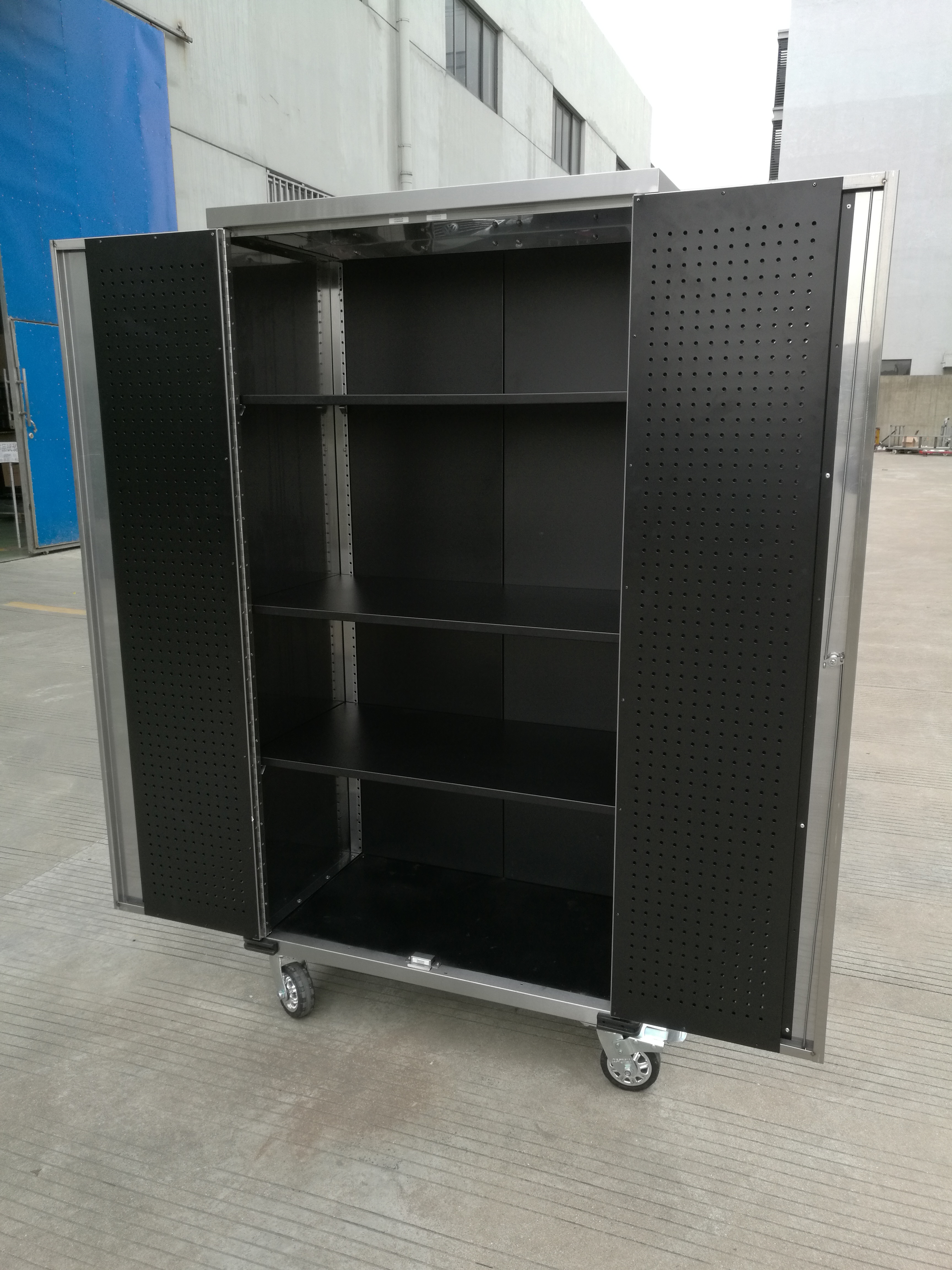 72 Quot Stainless Steel Roller Cabinet W Locks 72ssc Uncle