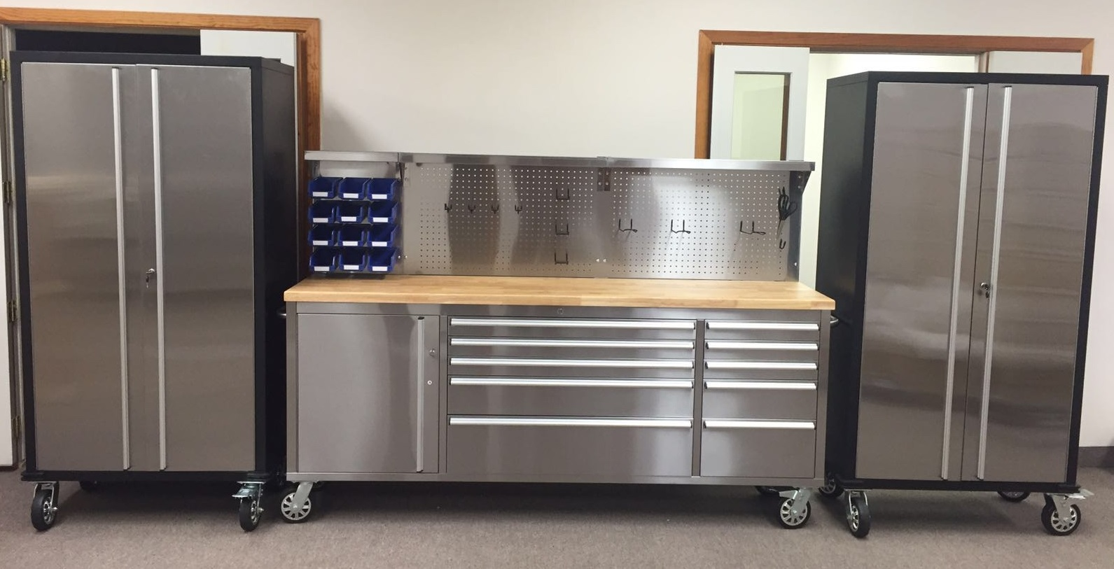 84 In Stainless Steel Bench Led Amp 2 72 In Cabinet Combo
